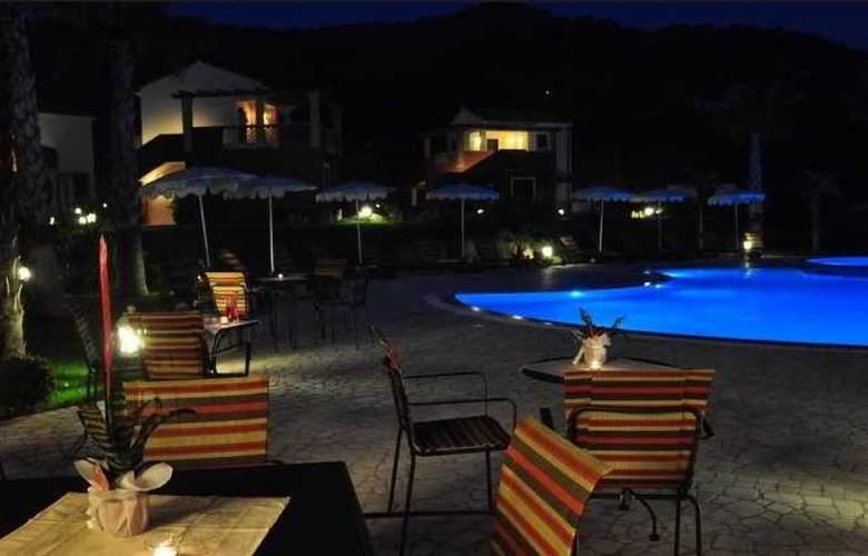 Alcantara Resort - Pool - 6