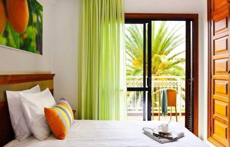 Apartamentos Compostela Beach - Room - 6