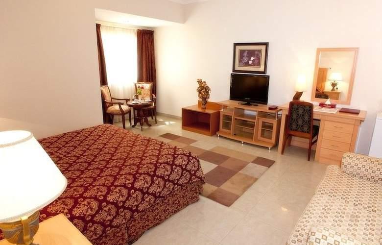 Safeer Hotel Suites - Room - 7