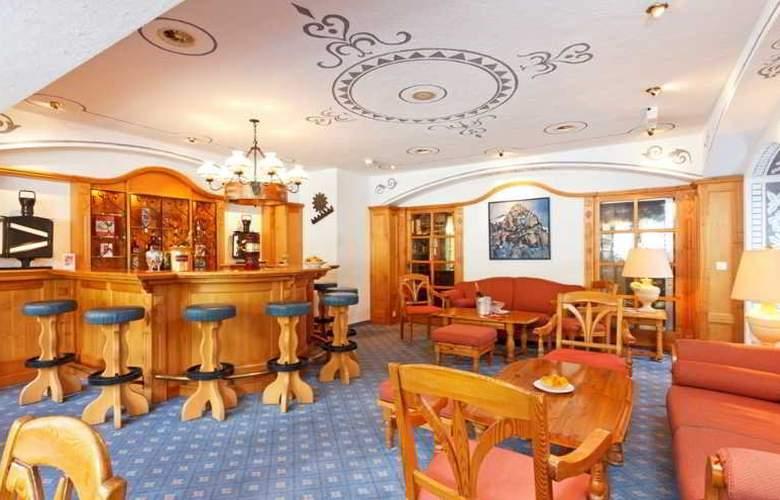 Derby Grindelwald - Bar - 4