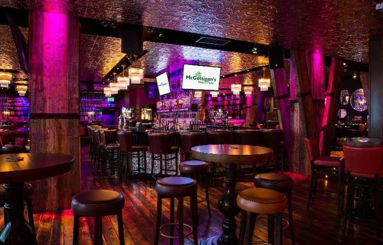Limerick City - Bar - 6