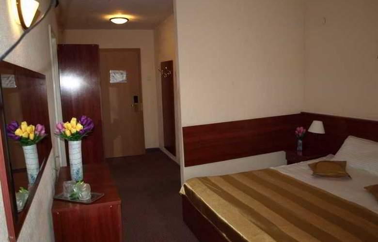 Caraiman Hotel - Room - 13
