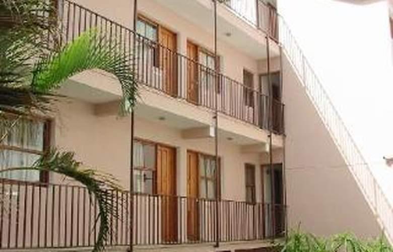 Apartamentos Isa - Hotel - 4