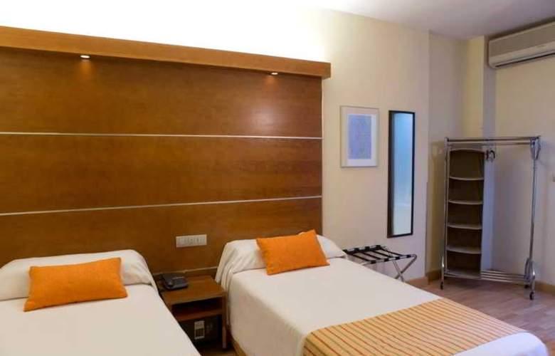 Puerta de las Granadas - Room - 26