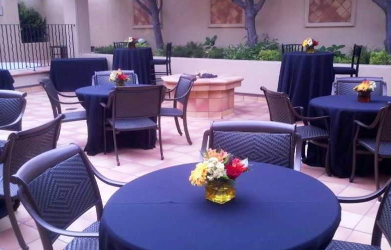 Monterey Bay Inn - Hotel - 0