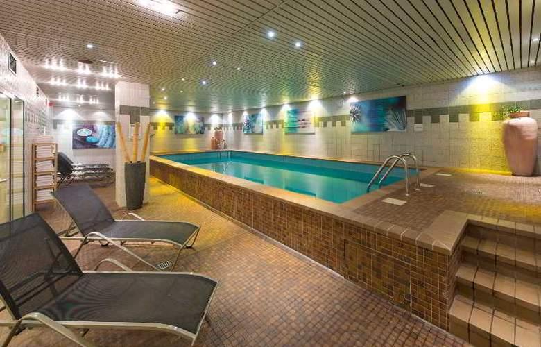 Leonardo Hotel Köln - Pool - 4