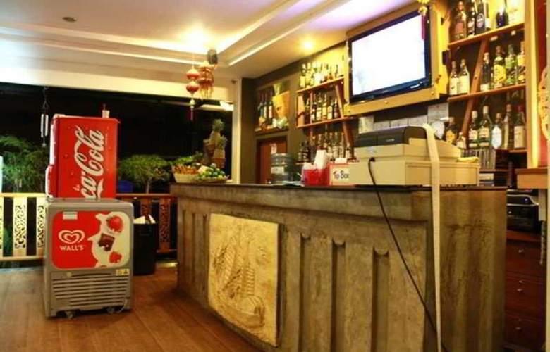 Mae Larn Restraurant & Hotel - Bar - 6