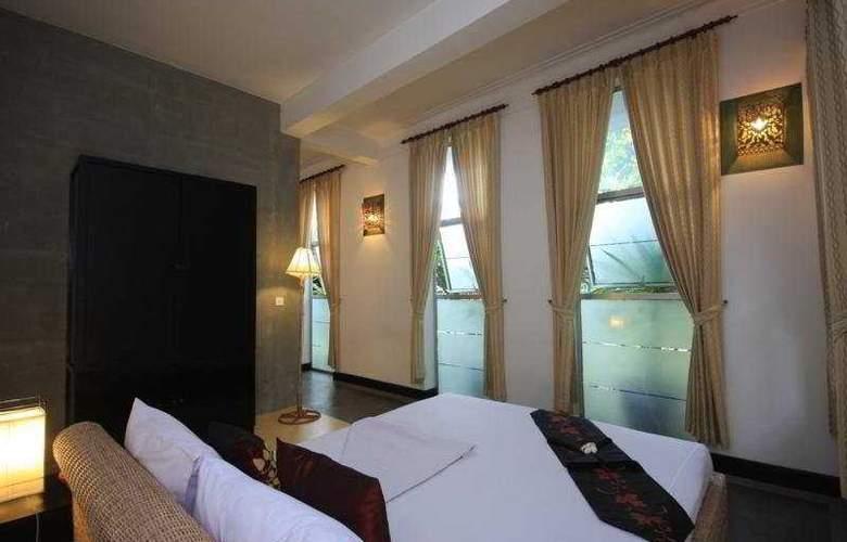 Frangipani Villa 90s - Room - 5