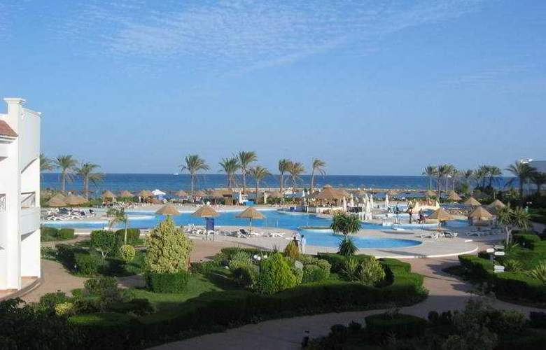Grand Seas Hostmark Resort - Pool - 7