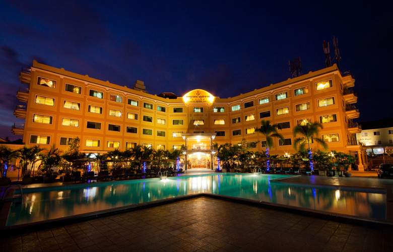 Golden Sand - Hotel - 0