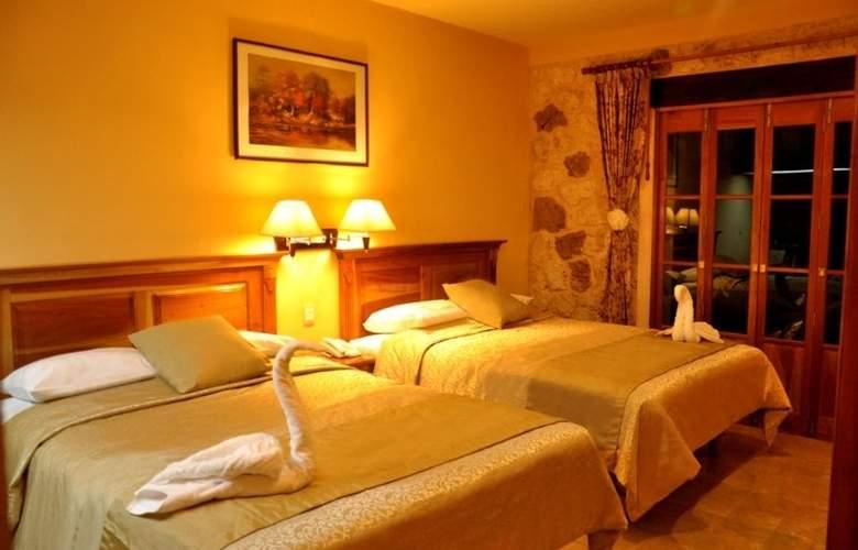 Cancun International Suites - Room - 1