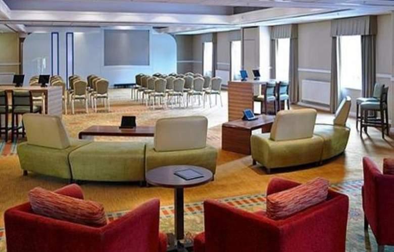 Marriott Tudor Park Hotel & Country Club - General - 8