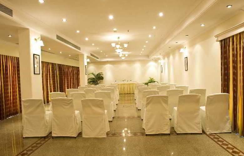 Vainguinim Valley Resort - Conference - 9
