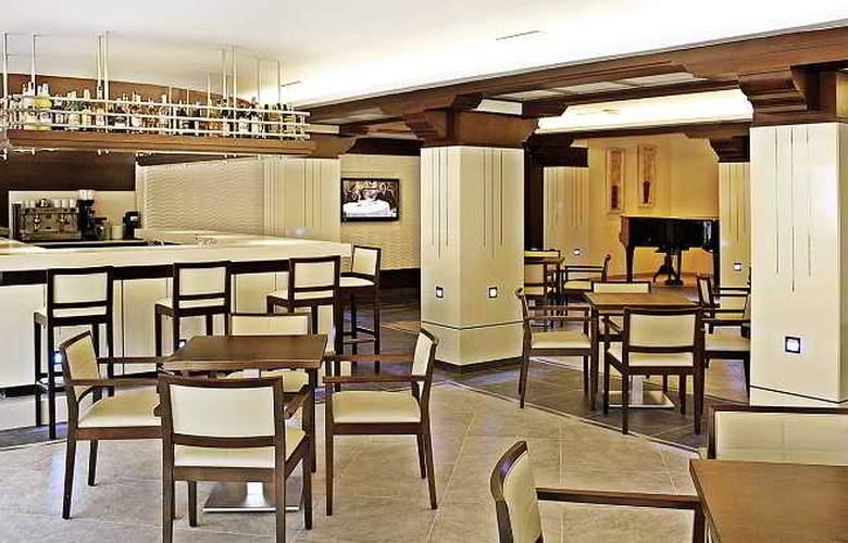Torre Azul & Spa (Sólo adultos) - Restaurant - 9