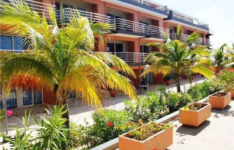 Bonaire Seaside Apartments - General - 0