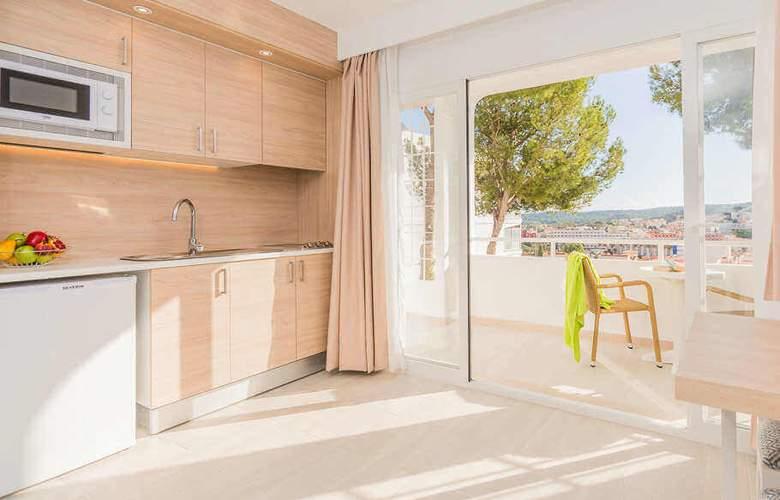 Sun Beach - Room - 10