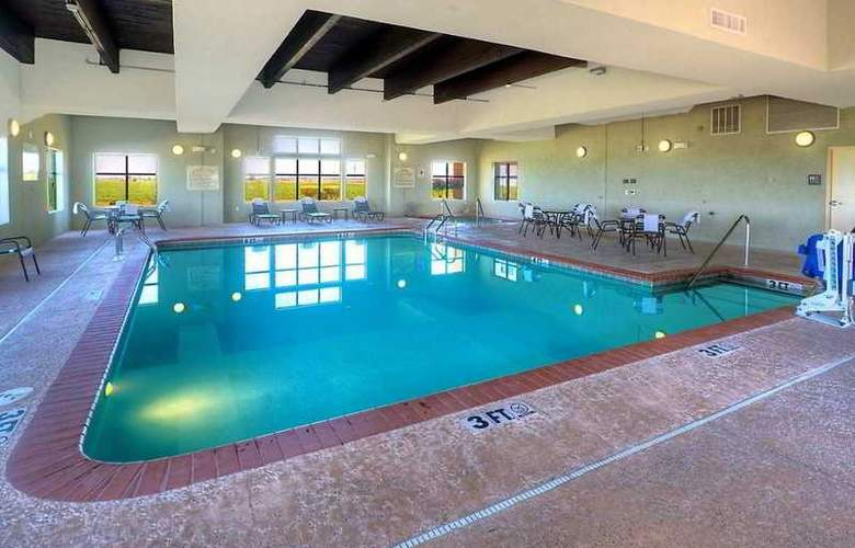 Hampton Inn & Suites Altus - Pool - 7
