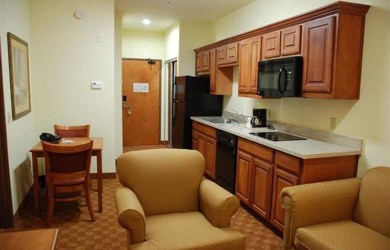 Best Western Plus San Antonio East Inn & Suites - Room - 108