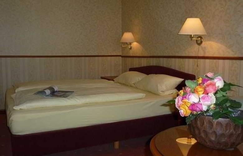 Rheinischer Hof - Room - 4