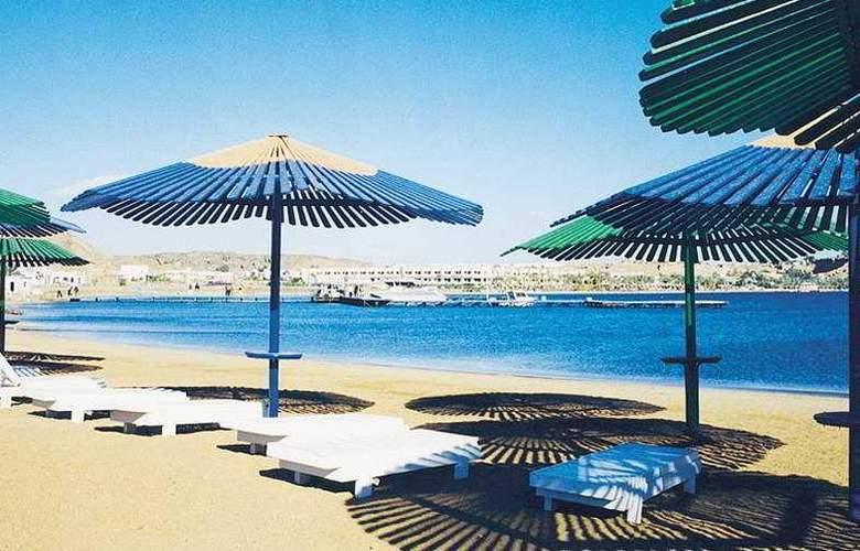 Turquoise Beach Hotel - Beach - 5