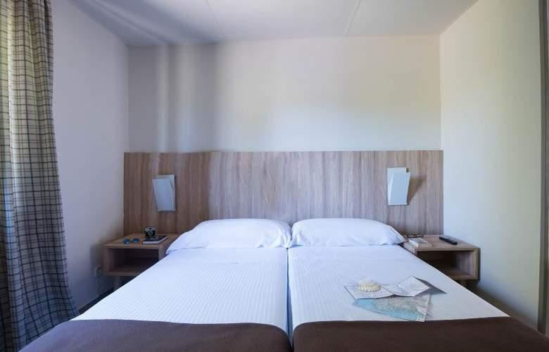 Benvido Monte do Gozo - Room - 11
