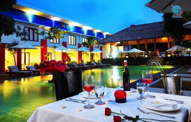 Odua Ozz Hotel Kuta - Pool - 10