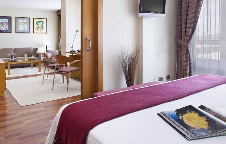 NH La Coruña Atlantico - Room - 6