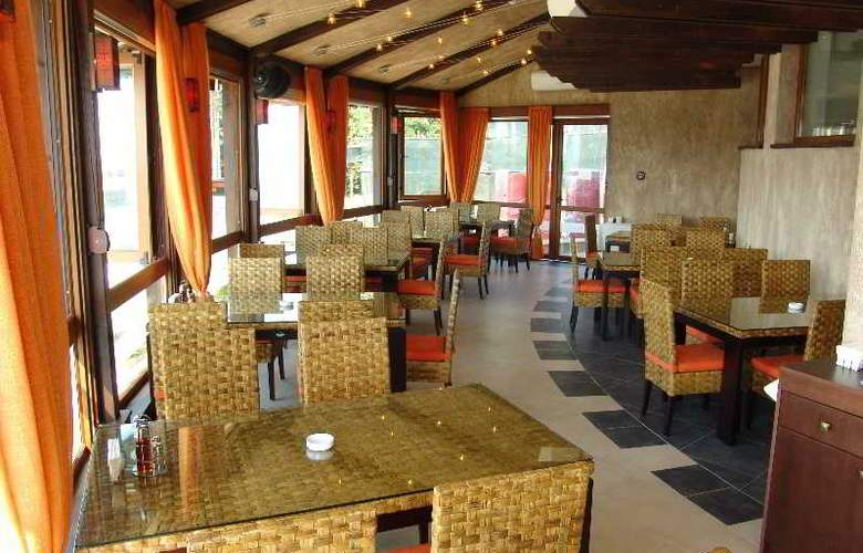 Santa Marina Sozopol - Restaurant - 32