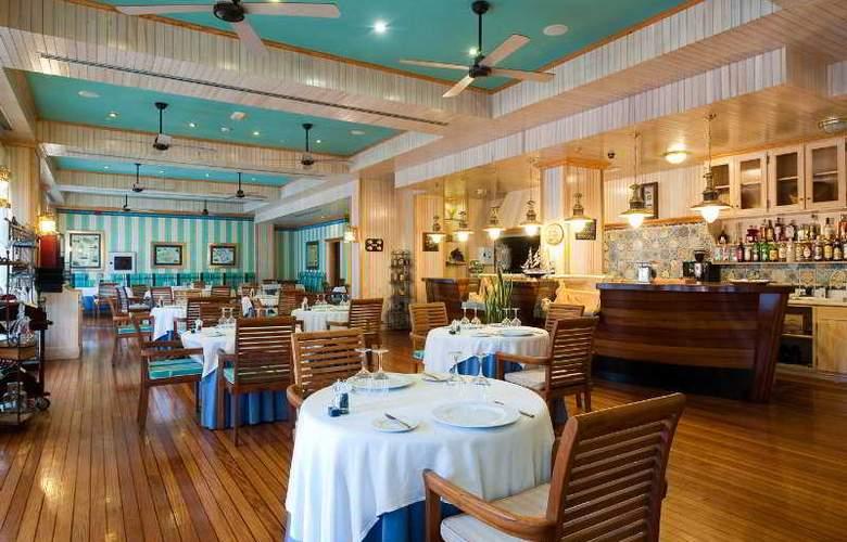 Sheraton Fuerteventura Beach, Golf & Spa Resort - Restaurant - 9