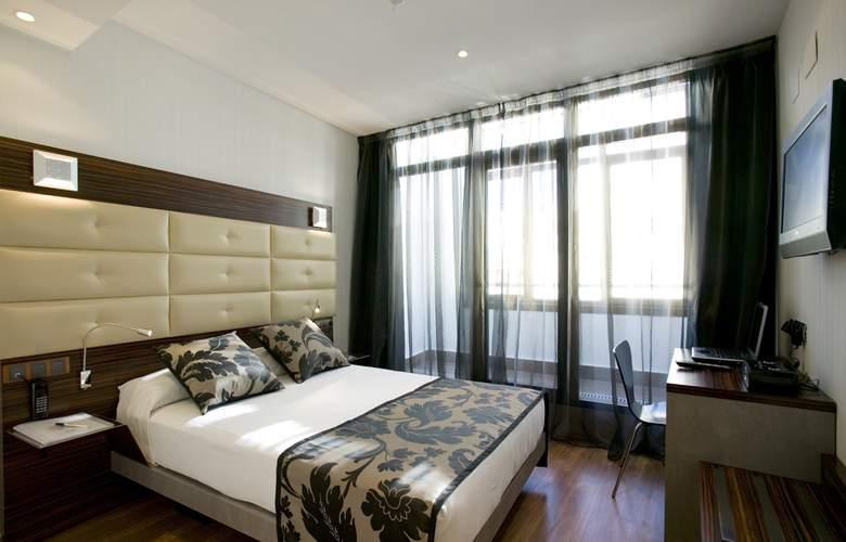 Hotel Petit Palace Cliper Gran Vía - Room - 2