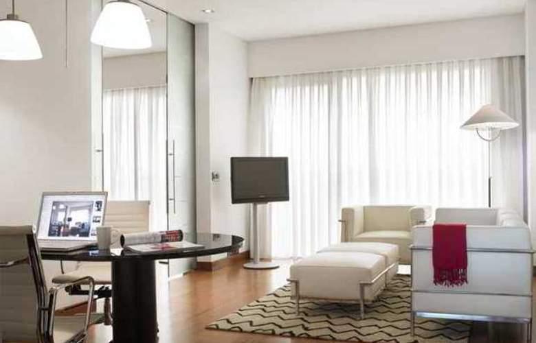 Hilton Madrid Aeropuerto - Hotel - 11