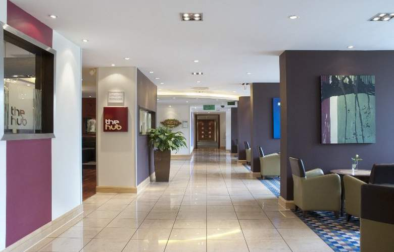 Holiday Inn London Gatwick Airport - General - 1