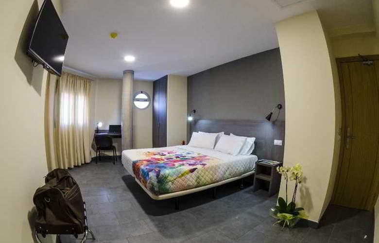 Hotel Puerto Canteras - Room - 7