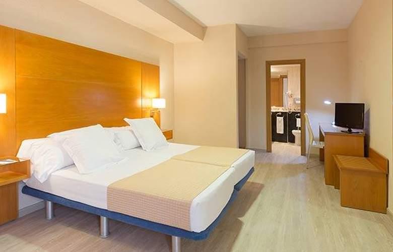 Tryp Ciudad de Alicante - Room - 22