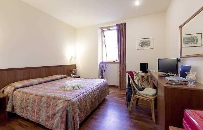 Tivoli - Room - 7