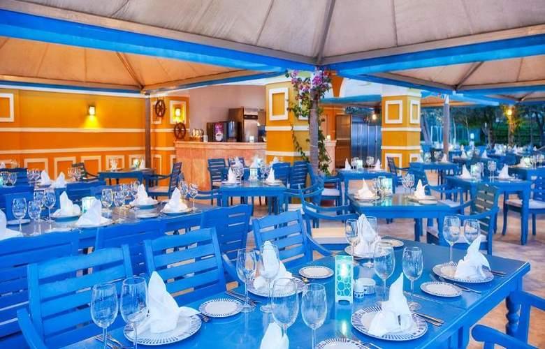 Wow Kremlin Palace - Restaurant - 30