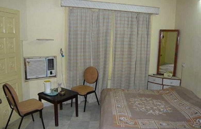Shambhu Vilas - Room - 2