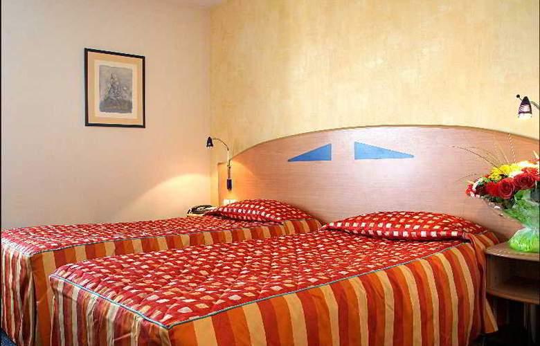 Pavillon Italie - Room - 0
