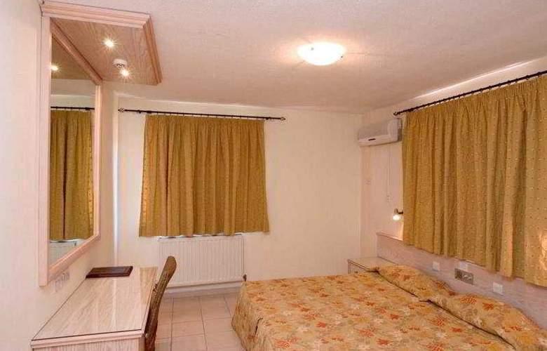 Senator Hotel Apartments - Room - 3