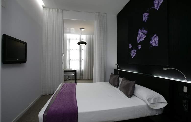 Petit Palace Barcelona Plus - Room - 17
