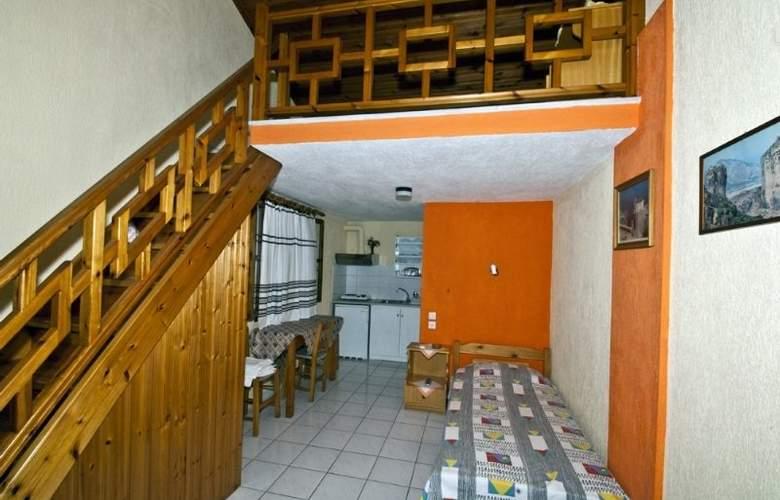 Nina Apartment - Room - 8