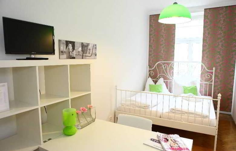 Hostel & Guesthouse Kaiser 23 - Room - 1