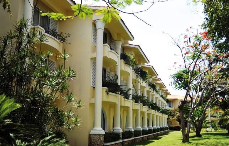 Capella Beach - Hotel - 7