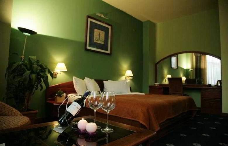 Ararat Hotel - Room - 3