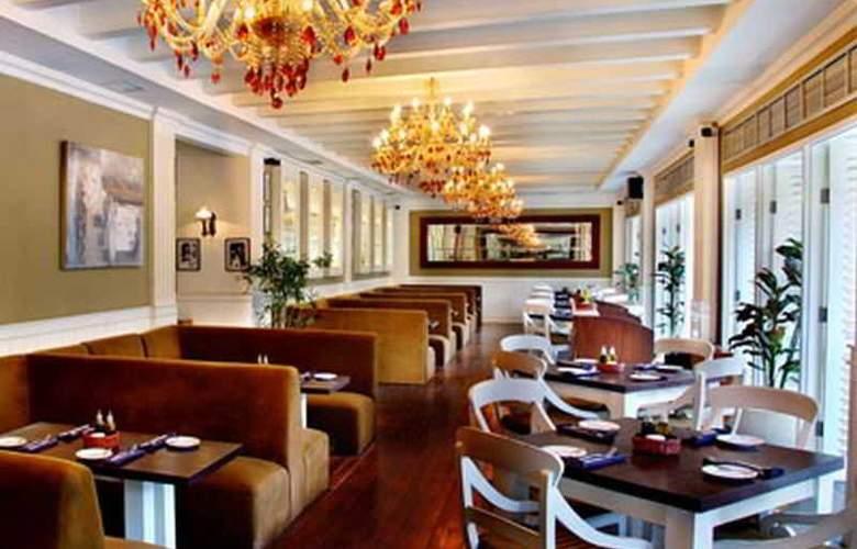Aston At Kuningan Suites - Restaurant - 23
