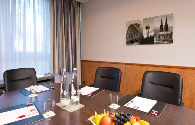 Holiday Inn Cologne-Bonn Airport - Conference - 21