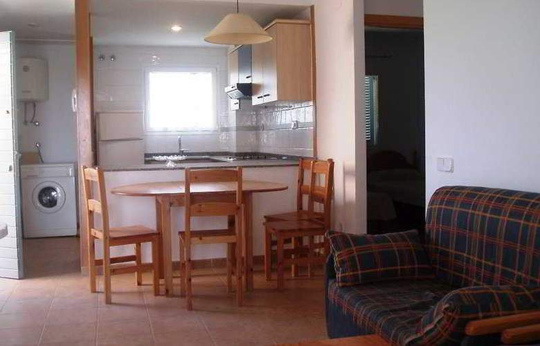 Apartamentos Urbanizacion del Sol - Room - 4