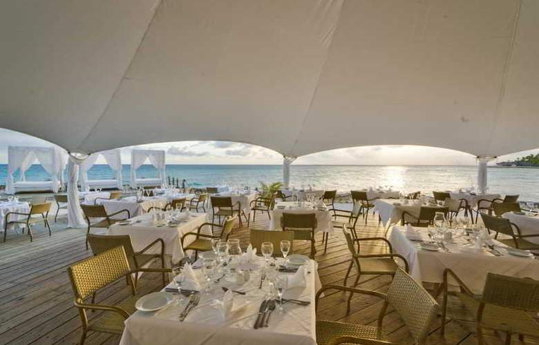 Viva Wyndham Dominicus Palace All Inclusive - Restaurant - 16