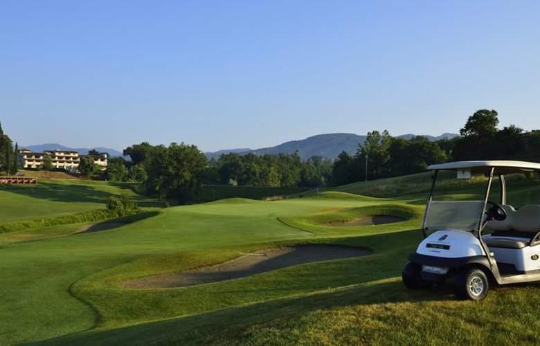UNA Poggio Dei Medici Resort & Golf - Sport - 18