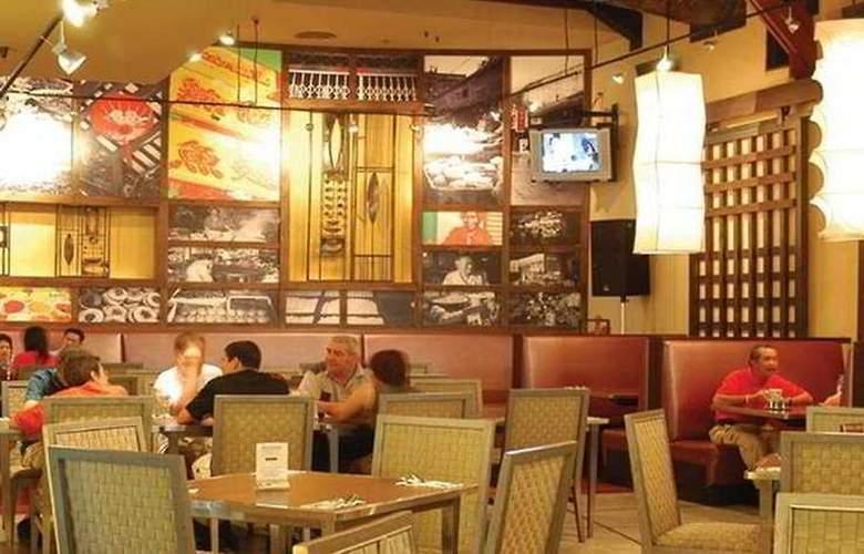Triple Two Silom - Bar - 7